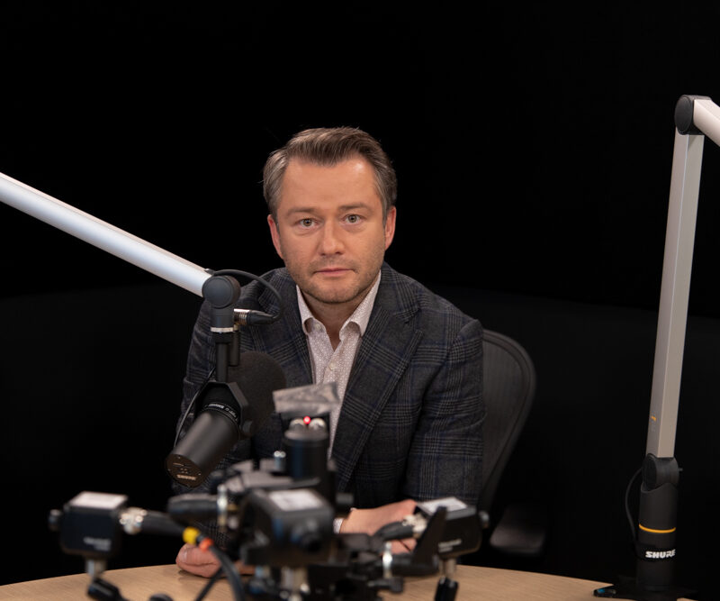 Polska podcastem stoi Jarosław Kuźniar media